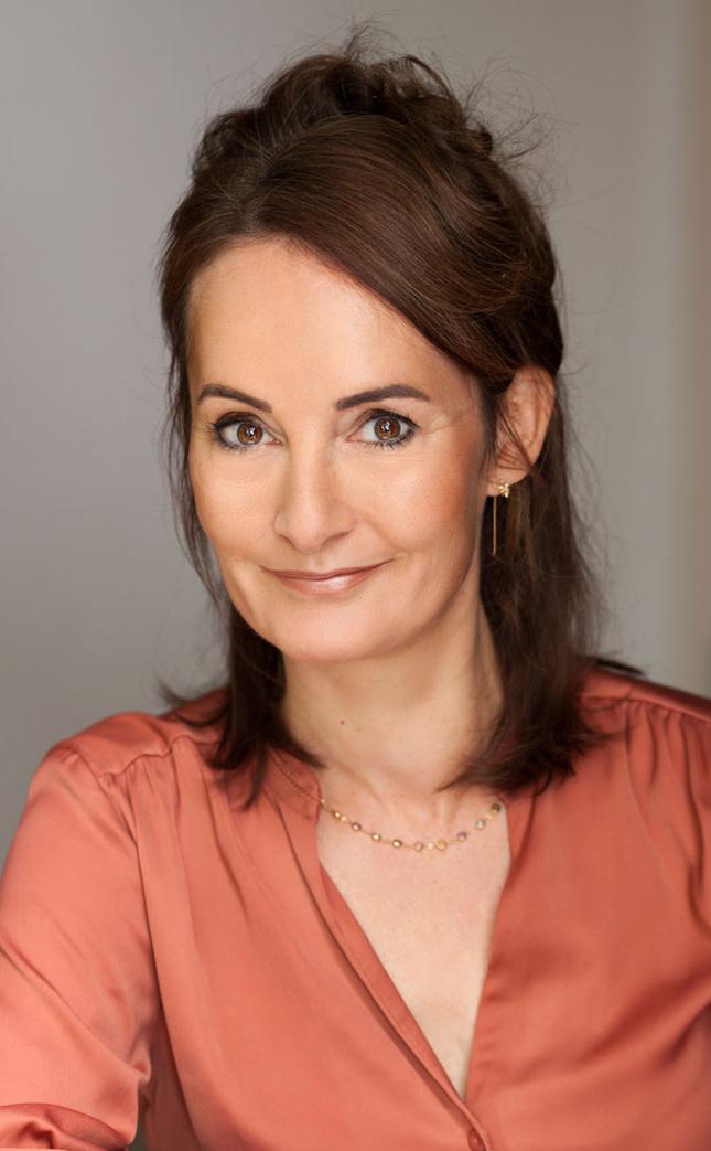 Esther van Fenema
